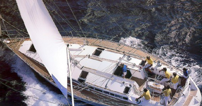 Sailboat for rent Playa de Talamanca at the best price