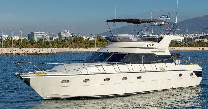 Hire Motorboat with or without skipper  Athens
