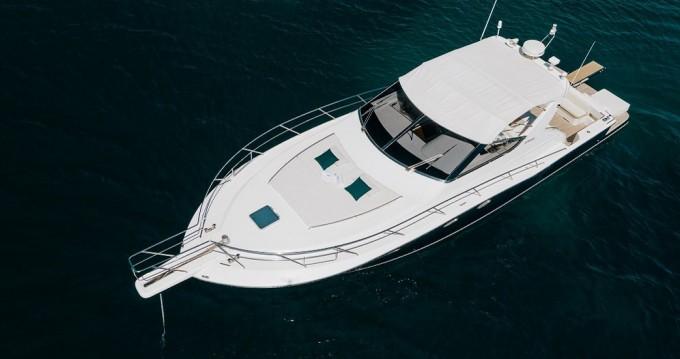 Rental Motorboat in Glyfada -  Uniesse 48 Open
