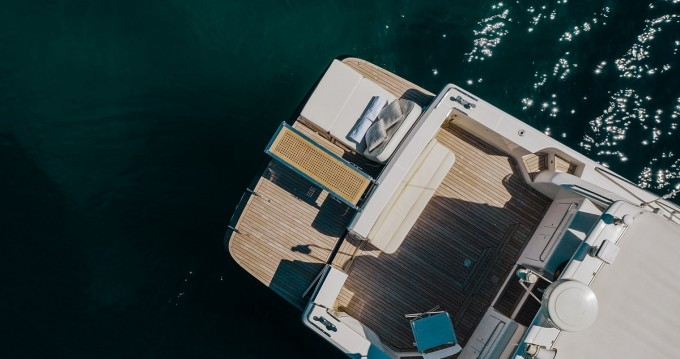 Uniesse 48 Open between personal and professional Glyfada