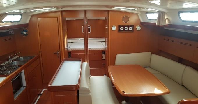 Rental Sailboat in Salivoli - Bénéteau Cyclades 50.5