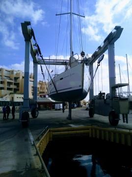 Rental yacht Port de Bormes-les-Mimosas - Bénéteau Oceanis 40 on SamBoat