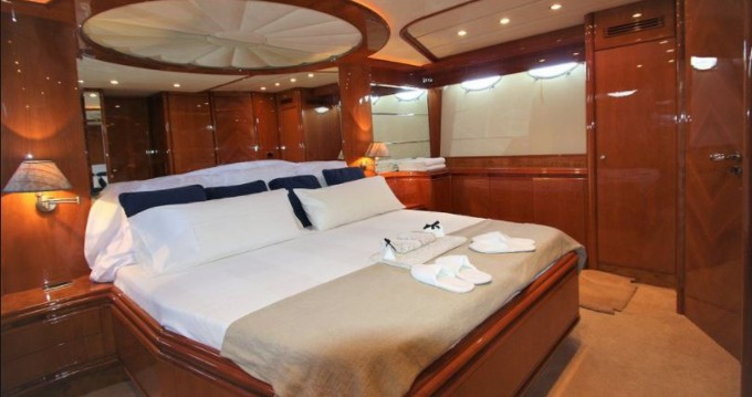 Rental yacht Ibiza Town - Astondoa Astondoa 72 GLX on SamBoat