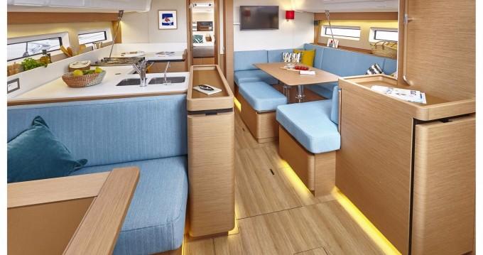 Boat rental Jeanneau Sun Odyssey 490 in Athens on Samboat