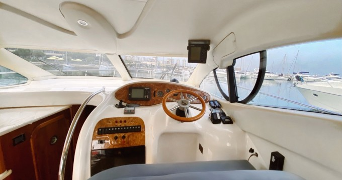 Hire Motorboat with or without skipper Azimut Yalıkavak