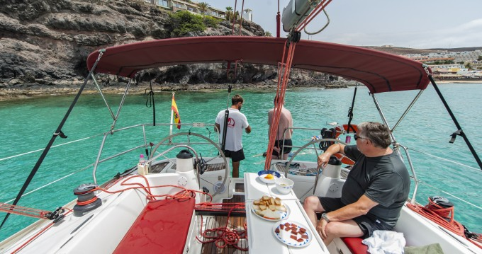 Hire Sailboat with or without skipper Jeanneau Morro del Jable