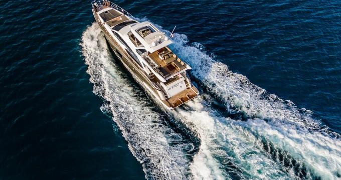 Boat rental Split cheap Azimut 66