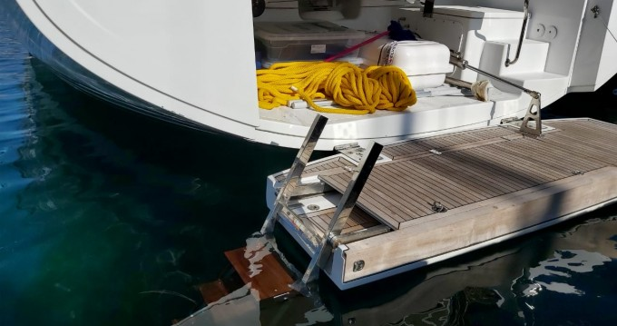 Rental Sailboat in Athens - Hanse Hanse 548 - 4 + 1 cab.