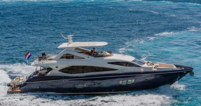 Rental Motorboat in Split - Sunseeker Sunseeker Yacht 86