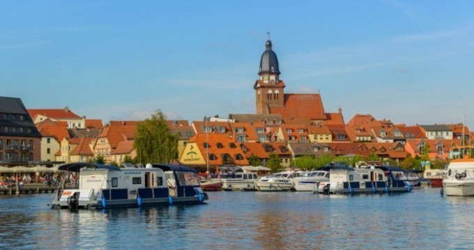 Boat rental Jabel cheap Water-Camper 1200