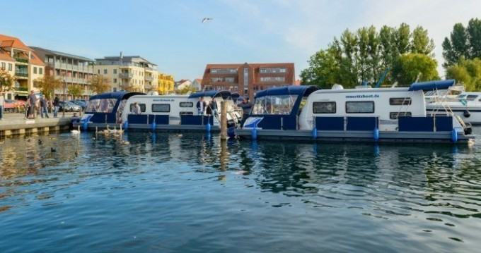 Canal boat for rent Jabel at the best price