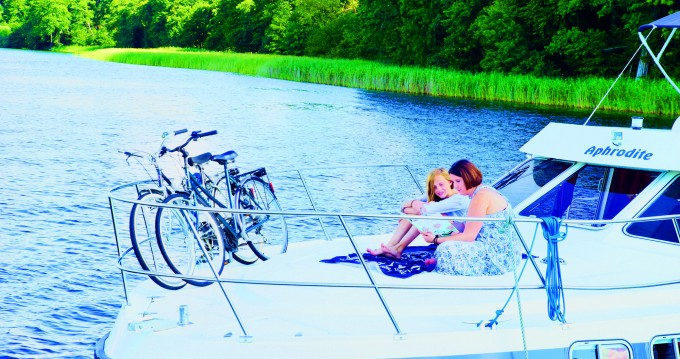 Rental yacht Fürstenberg/Havel - Tarpon 42 Trio Prestige on SamBoat