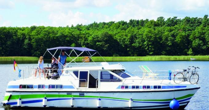 Rental Canal boat in Fürstenberg/Havel - Tarpon 42 Trio Prestige
