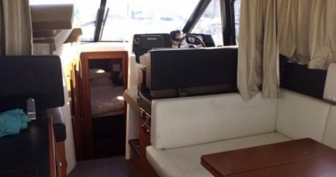 Boat rental Saint-Jean-Cap-Ferrat cheap Velasco 37 Fly