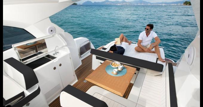 Rental yacht Naples - Jeanneau Leader 36 Sportop on SamBoat
