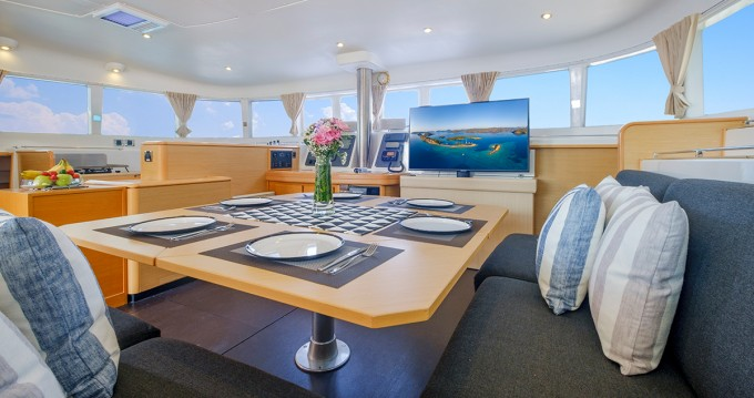 Boat rental Alimos cheap Lagoon 500
