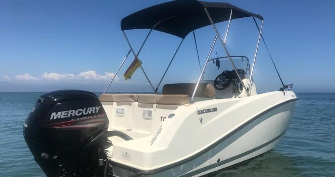 Boat rental Quicksilver Quicksilver 505 Open in Puerto Marina Benalmadena on Samboat
