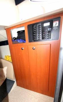 Boat rental Bayliner Bayliner 285 SB in Cannes on Samboat