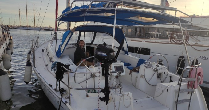 Sailboat for rent Torrevieja at the best price