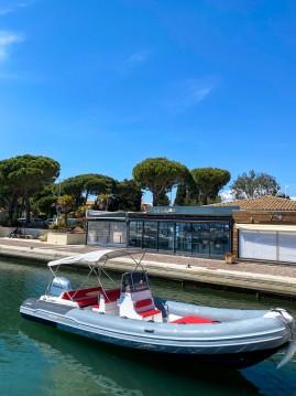 Boat rental La Londe-les-Maures cheap PREDATOR 730