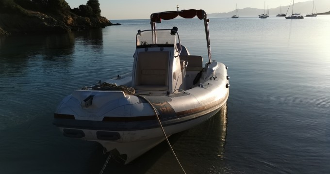 Hire RIB with or without skipper Marsea Saint-Florent