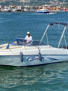 Boat rental La Spezia cheap 590 CABIN