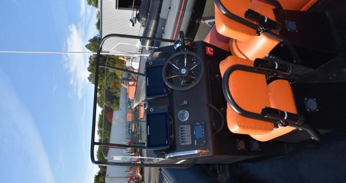Boat rental Anglet cheap CENTAURE 590 HYPALON XL