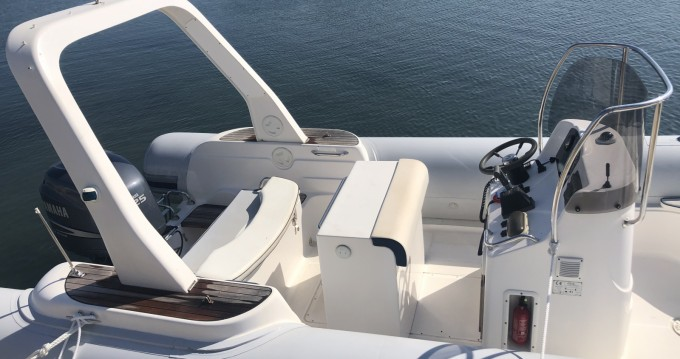 Boat rental Capelli Tempest 750 Top in Carnon-Plage on Samboat