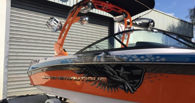 Rental yacht Doussard - Nautique Correct Craft Super Air Nautique 230 on SamBoat
