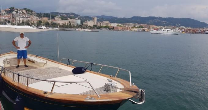 Rental Motorboat in La Spezia - Esposito Gozzo open