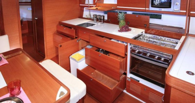 Dufour Dufour 450 Grand Large between personal and professional Barcelona