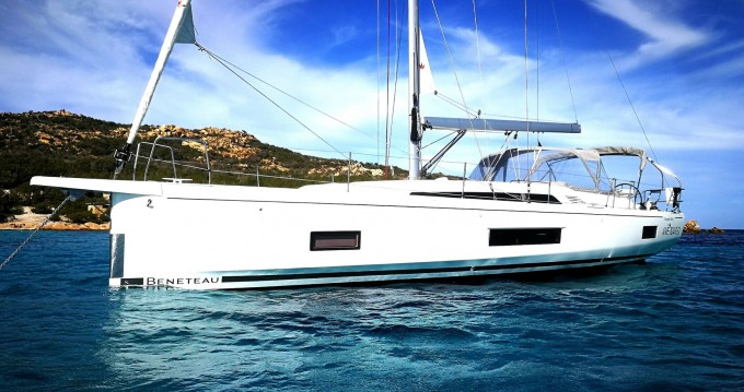 Bénéteau Oceanis 46.1 between personal and professional Cannigione