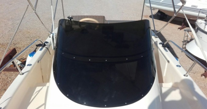 Motorboat for rent San Felice Circeo at the best price