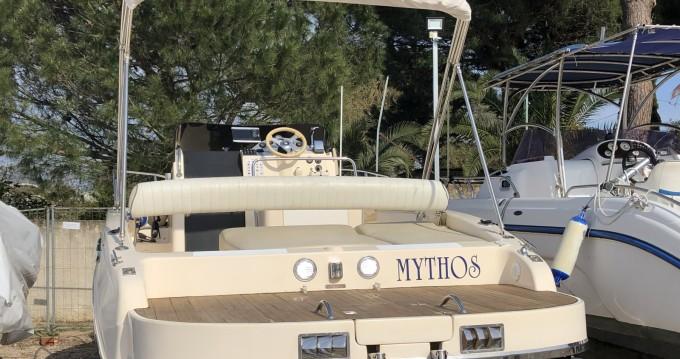 Rental yacht San Felice Circeo - Tecnomariner Stealth Mythos  on SamBoat