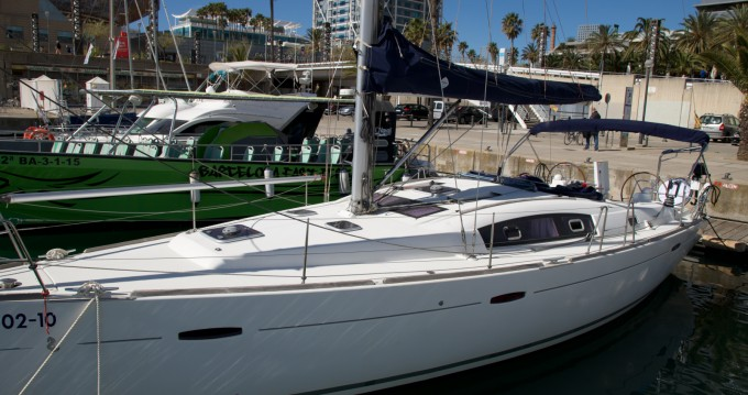 Boat rental Barcelona cheap Oceanis 43