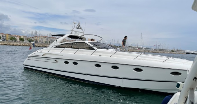 Rent a Princess Princess V52 Golfe-Juan