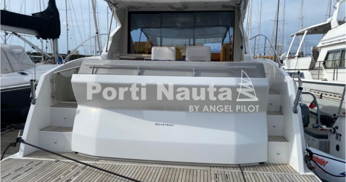 Rental Yacht in Portimão - Bénéteau Gran Turismo 49