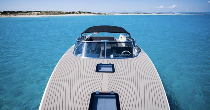 Boat rental VanDutch VanDutch 40 in Ibiza Island on Samboat