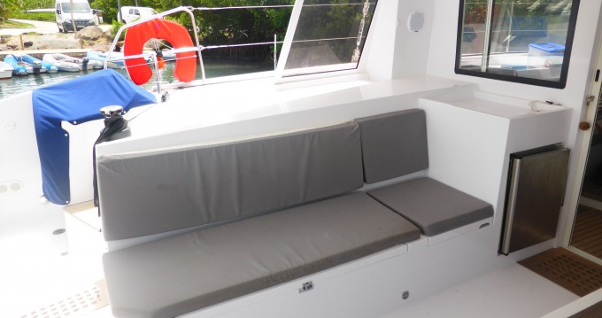 Hire Catamaran with or without skipper Nautitech Le Marin