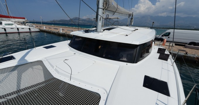 1 LUCIA 40 between personal and professional Calvi