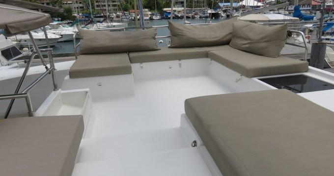 Rental Catamaran in Le Marin - Fountaine Pajot Saba Maestro