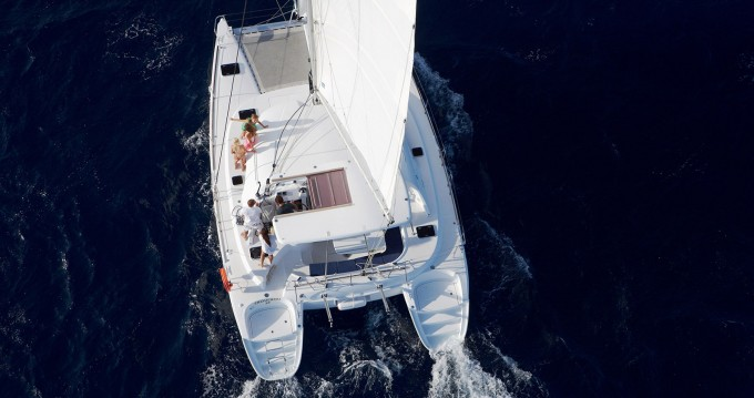 Boat rental Pianottoli-Caldarello cheap Lagoon 380