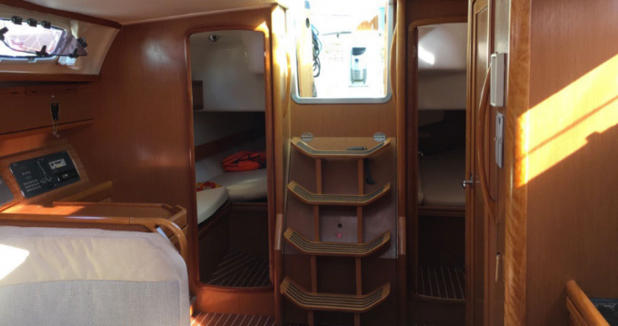 Rent a 7 Bavaria 40  Cruiser Port du Crouesty