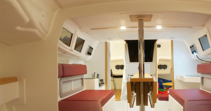 Hire Sailboat with or without skipper 70 Port du Crouesty