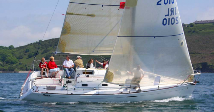 4 First 31.7 (2 cab) between personal and professional Port du Crouesty