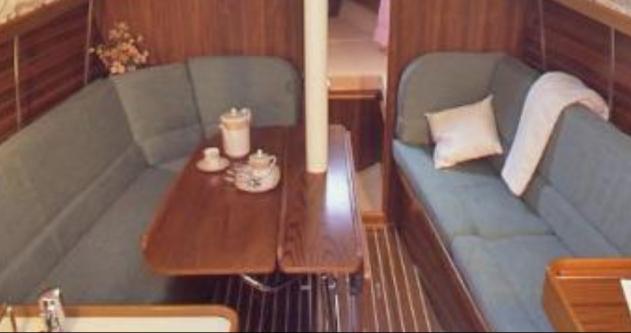 Rental yacht Port du Crouesty - 4 OCEANIS 31 DL on SamBoat