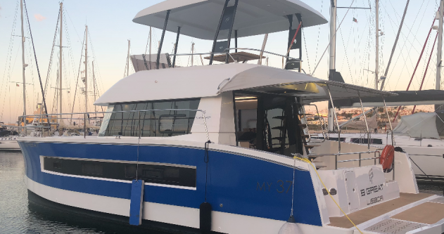 Rent a Fountaine Pajot My 37 Bandol