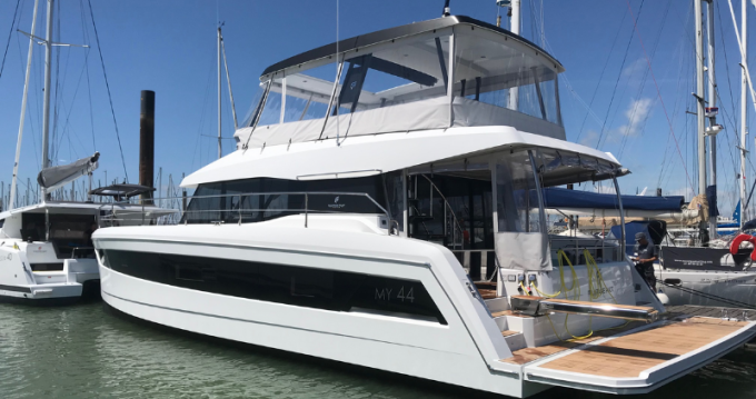 Rent a Fountaine Pajot My 44 Bandol