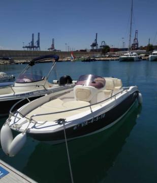 Boat rental Sessa Marine Key Largo One in Valencia on Samboat