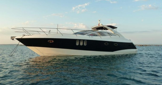 Boat rental Toulon cheap Absolute 45